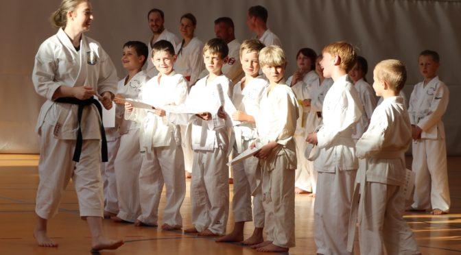 Karate-Prüfungen am 21. Mai 2016